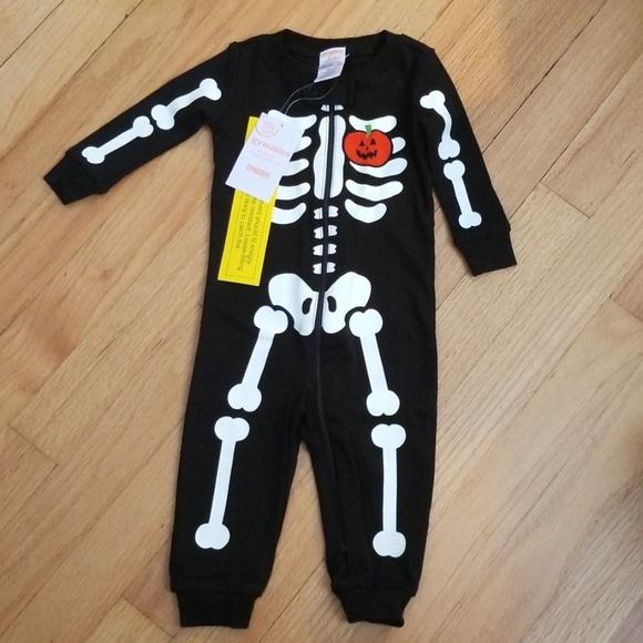 Halloween Black 2-Piece Skeleton Jumpsuit Romper Newborn 0-3 3-6 6-9 M NWT